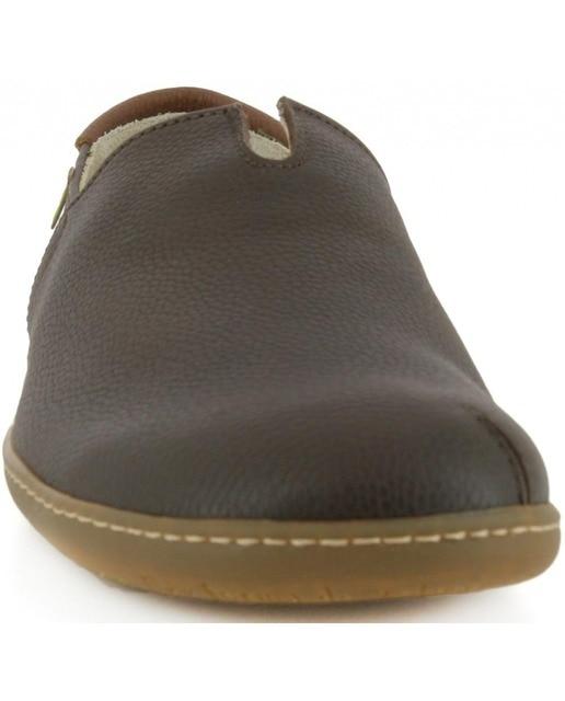 El Naturalista Zapatos planos de mujer El Naturalista en color marrón