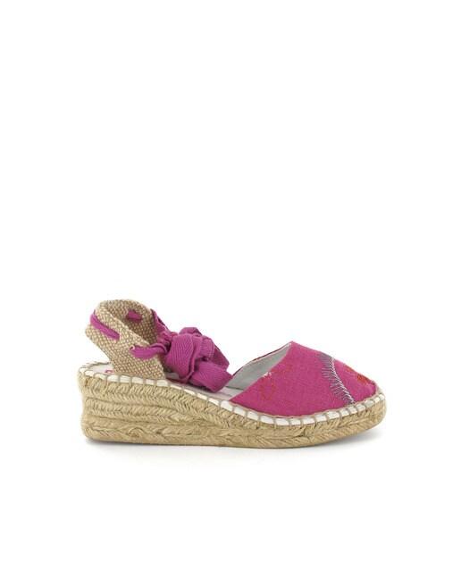 205b19749 Alpargatas de niña Lea Lelo en textil lila · Moda · El Corte Inglés