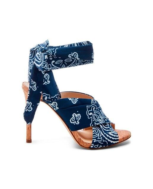 63189412 Sandalias de tacón de mujer Estella Jessica Simpson en textil estampado