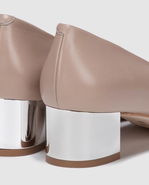 Antea Zapatos de salón de mujer Antea de piel  en color  beige