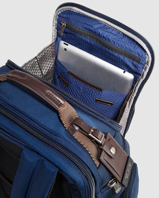 TUMI Mochila de hombre Shaw Deluxe en nailon balístico de color azul marino