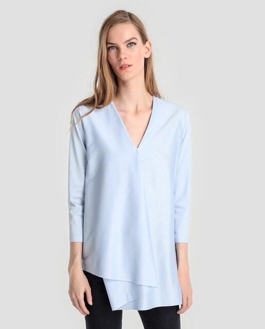 Síntesis Camiseta asimétrica de mujer Síntesis en color azul